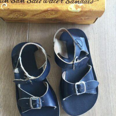 salt water donkerblauw 400x400